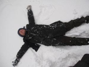 making-snowangel2